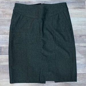 Banana Republic Gray Pencil Skirt size 4
